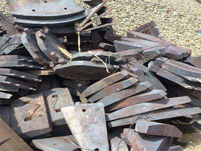 Jaw crusher parts toggle plate supplier from china